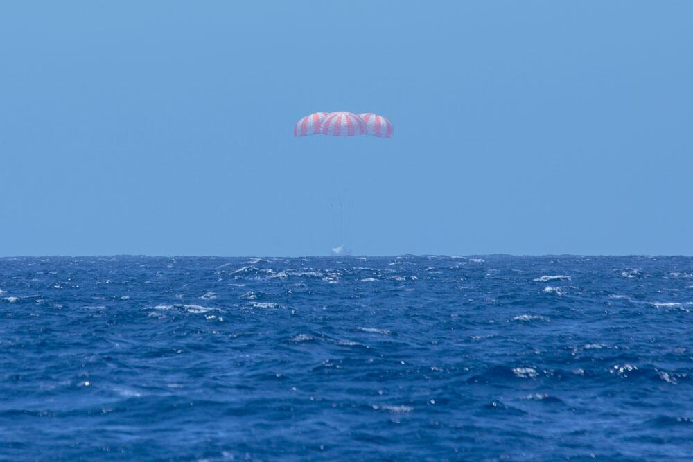 Dragon CRS-3 Splashdown