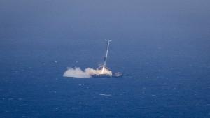 Falcon 9 landing on ASDS